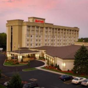 SUNY Brockport Hotels - Rochester Airport Marriott