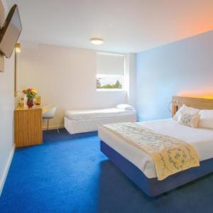 Molineux Stadium Hotels - Redwings Lodge Wolverhampton Central