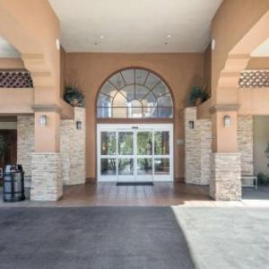 Country Inn & Suites by Radisson John Wayne Airport CA