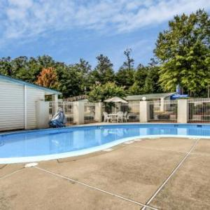 Henderson's Arena College Park Hotels - Motel 6 Union City