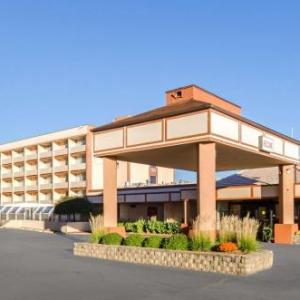 Olympia Ice Center Hotels - Quality Inn West Springfield