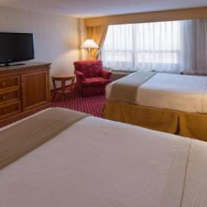 Holiday Inn Express Hotel & Suites Chicago O'Hare