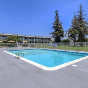 The Canyon Montclair Hotels - Motel 6-Claremont CA