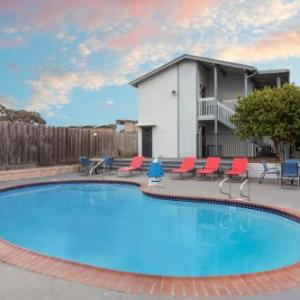 Hotels near Laguna Seca Recreation Area - Ramada Limited Monterey