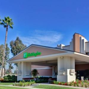 Holiday Inn And Suites Anaheim