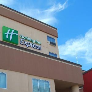 Bootleg Theater Hotels - Holiday Inn Express Los Angeles Downtown West