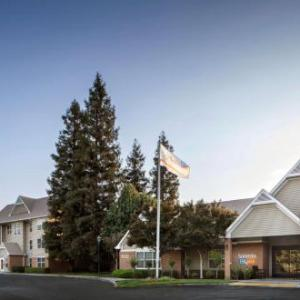 Bulldog Stadium Hotels - Residence Inn Fresno