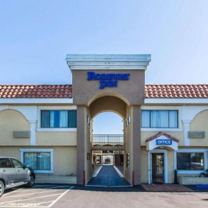 Hotels near Hollywood Park Racetrack - Rodeway Inn And Suites