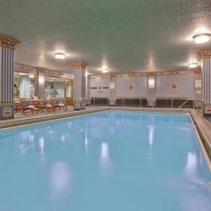 Hotels near Los Angeles Center Studios - Millennium Biltmore Los Angeles