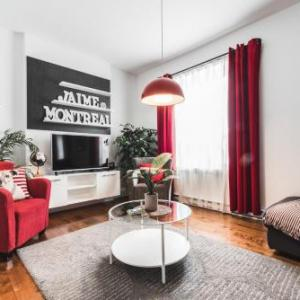 Book Now LikeAHotel - Le Chambord (Montreal, Canada). Rooms Available for all budgets. LikeAHotel - Le Chambord is a self-catering accommodation located in Montréal. It offers free WiFi access in each apartment. The property is 3 km from Latin Quarter.A moder