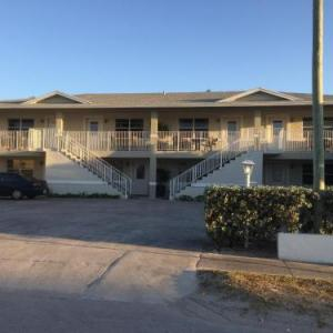 Hollywood by the Sea Suites FL, 33019