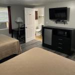 The New Lantern Motel