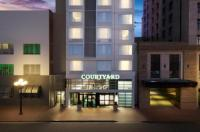 Courtyard by Marriot San Diego Gaslamp/Convention Center Image