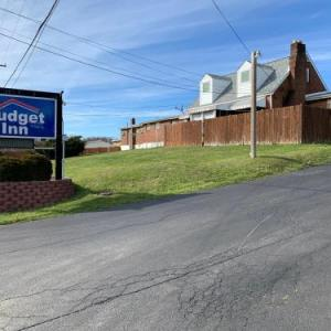 Hotels near Rostraver Ice Garden - Budget Inn