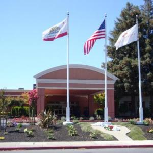 Diablo Valley College Hotels - Crowne Plaza Concord/walnut Creek