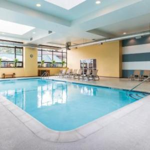 Hotels near Skidmore College - The Saratoga Hilton