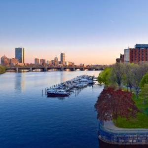 Hotels near Cambridge Multicultural Arts Center - Royal Sonesta Hotel Boston