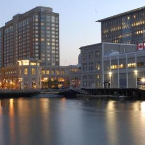 Hotels near Blue Hills Bank Pavilion - Seaport Boston Hotel