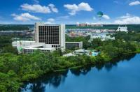 Wyndham Lake Buena Vista Disney Springs Resort Area Image