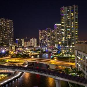 Hotels near Riverfront Hall Miami - River Park Hotel & Suites Port Of Miami