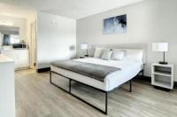 Travelodge Suites East Gate Orange Image