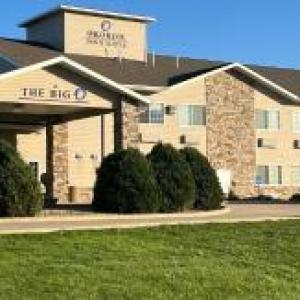 Boulders Inn and Suites - Milford/Okoboji