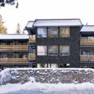 Whiskey Dick's South Lake Tahoe Hotels - Hotel Azure