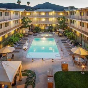 Angelico Hall Hotels - Marin Suites Hotel
