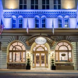 Ashby Stage Hotels - Hotel Shattuck Plaza