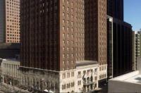 Warwick Allerton Hotel Chicago Image