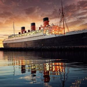 Hotels near Long Beach Harbor - Queen Mary Hotel