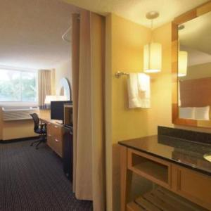 Hotels near Blue Martini Boca Raton - La Quinta Inn & Suites Deerfield Beach I-95