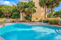 La Quinta Inn And Suites Miami Lakes Image