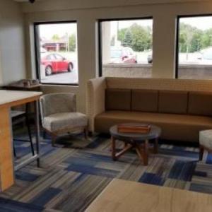 Holiday Inn Express Rochester - Greece an IHG Hotel