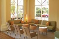 La Quinta Inn & Suites Sarasota Image