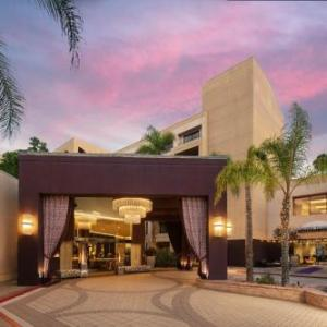 Orange County Event Center Hotels - Avenue of the Arts Costa Mesa, a Tribute Portfolio Hotel