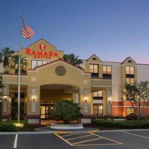 Orlando International Airport Hotels - Ramada Suites Orlando Airport