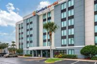 Comfort Suites Baymeadows Near Butler Blvd Image