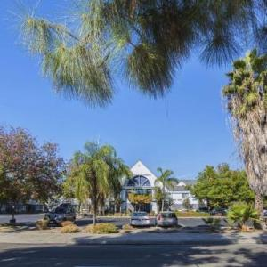 Hotels near Fresno Yosemite International Airport - Quality Inn Fresno