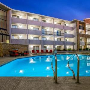 Hotels near Mt. San Antonio College - La Quinta Inn & Suites Pomona