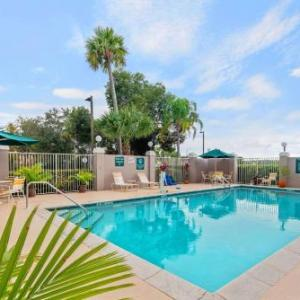 Hotels near Florida Sports Park - La Quinta Inn & Suites Naples East (I-75)