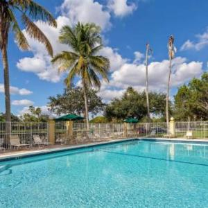 The BB&T Center Hotels - La Quinta Inn & Suites Sunrise Sawgrass Mills