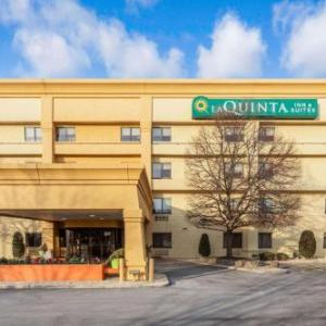 Hollywood Casino Amphitheatre Chicago Hotels - La Quinta Inn & Suites Chicago Tinley Park
