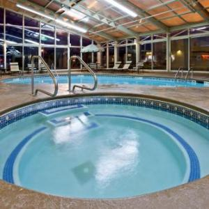 Crete Civic Center Hotels - La Quinta Inn & Suites Plattsburgh