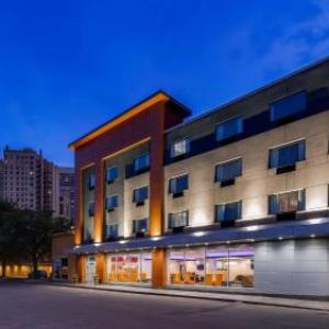 Hotels near Doc Films - La Quinta Inn & Suites Chicago - Lake Shore