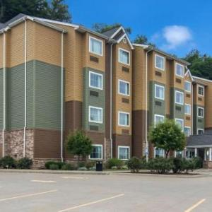 Microtel Inn & Suites by Wyndham Steubenville