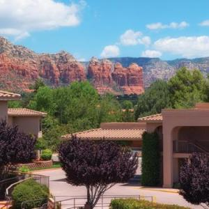 Sedona Performing Arts Center Hotels - Sedona Real Inn & Suites