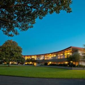 Hotels near Church Road Winery Napier - Kennedy Park Resort Napier