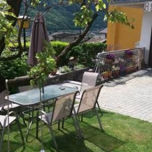 Book Now B&B Le Perle (Mazzo di Valtellina, Italy). Rooms Available for all budgets. Situated in Mazzo di Valtellina in the Lombardy Region 32 km from Livigno B&B Le Perle boasts a terrace and views of the mountain. Free WiFi is featured throughout the pro