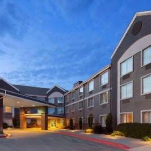 Iowa Speedway Hotels - Best Western Holiday Manor